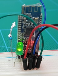 HM-10_Breadboard_004_LED_800