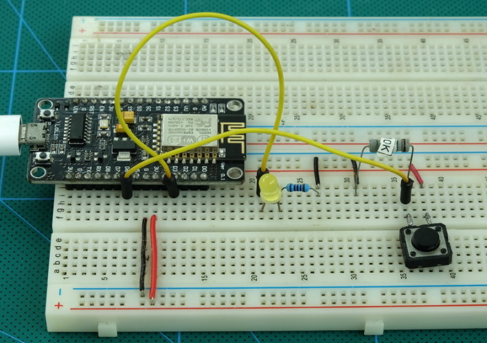 ESP8266_Part9_Websocket_010_Example2_Circuit_800